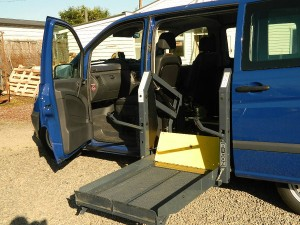 Side Entry Wheelchair Hoist